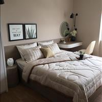 Cần bán căn 2 phòng ngủ, mặt tiền Bến Vân Đồn, liền kề Quận 1, giá trị cho thuê cao