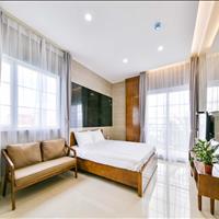 Căn hộ dịch vụ Phú Nhuận mới 100%, full nội thất, ban công, đầy đủ tiện ích, DV vệ sinh 2 lần/tuần