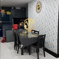 Chủ nhà định cư Mỹ bán rẻ căn hộ Giai Việt 82m2, 2 PN, nội thất đầy đủ