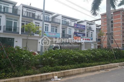 Cần bán gấp căn nhà phố ngay Cầu Lớn-Hóc Môn, 5x15m, sổ hồng riêng, giá 1,8 tỷ, có thương lượng