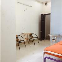 Phòng đầy đủ nội thất, ban công, lầu 1, phù hợp công tác du lịch