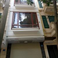 Chính chủ cần bán gấp nhà Khương Đình, diện tích 40m2, 4 tầng, giá 2,9 tỷ, ô tô đỗ cửa