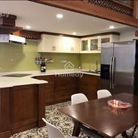 Cho thuê căn hộ cao cấp tại chung cư 15 - 17 Ngọc Khánh, Ba Đình 146m2, giá 16 triệu/tháng