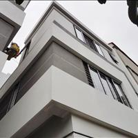 Bán nhà Nam Từ Liêm 1 tỷ 650 triệu - Cạnh đô thị VinCity - Mới xây 3 tầng cạnh hồ