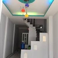 Cần bán gấp căn nhà đường Phan Văn Hớn, sổ riêng, diện tích sử dụng 181m2