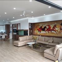Cần bán căn hộ chung cư 193m2, tòa nhà Thành Công, 57 Láng Hạ