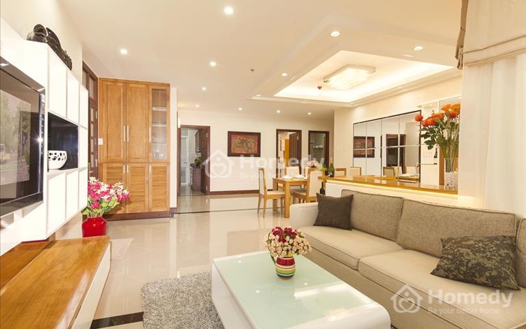 Cho thuê căn hộ Royal City view đẹp quảng trường, hợp đồng trực tiếp chính chủ chỉ từ 9 triệu/tháng