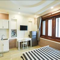 Cho thuê căn hộ full nội thất đường Trần Quang Khải, Quận 1