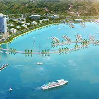 Cần bán căn hộ Condotel Swisstouches La Luna Resort view biển giá chỉ từ 3 tỷ