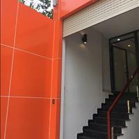 Mặt bằng văn phòng có bán hầm, nhà mới 100% hoàn thành đầu tháng 12/2018