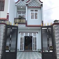 Bán gấp nhà Bình Chánh 1 trệt 1 lầu, đường Hưng Nhơn, giá 1,3 tỷ, 76m2, có sổ sẵn