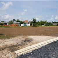 Chính chủ cần bán gấp 2 lô đất vị trí đẹp ngay trung tâm hành chính, sổ hồng riêng