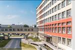 Với tổng số 993 căn hộ với đa dạng các loai diện tích từ 50m2 đến 80m2 có từ 1 đến 3 phòng ngủ.