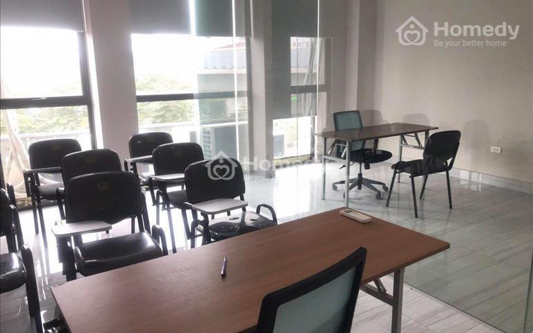 Cho thuê văn phòng tại tòa nhà mặt phố Hoàng Cầu, Đống Đa, Hà Nội