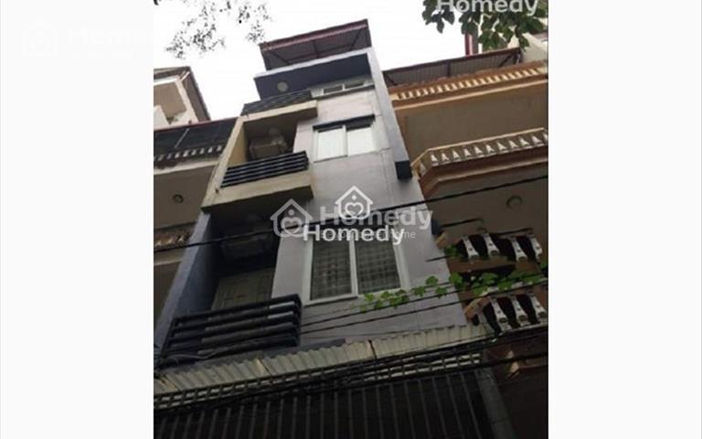 Cho thuê nhà ngõ 9 phố Trần Quốc Hoàn, 55m2 x 5 tầng 1 tum, ngõ 8m