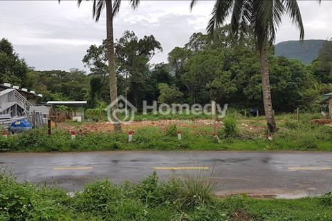 Cần bán khu đất (đã có nhà) mặt tiền 20 mét đường Huỳnh Thúc Kháng
