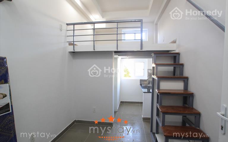 Phòng có gác lửng, full nội thất gần chợ Vải Tân Bình