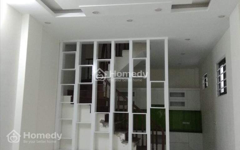 Chính chủ bán gấp nhà Nguyễn Khánh Toàn, Cầu Giấy, 41m2, 5 tầng, cách đường ô tô 5m, giá 4.6 tỷ