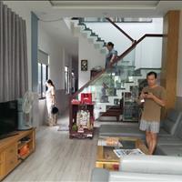 Bán gấp nhà mặt tiền Bến Phú Định 6 x 30m, 1 trệt 1 lầu, giá 7 tỷ, sổ hồng riêng