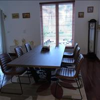 Cần cho thuê ngay biệt thự Hoa Sữa, full nội thất đẹp, nhà mới tinh