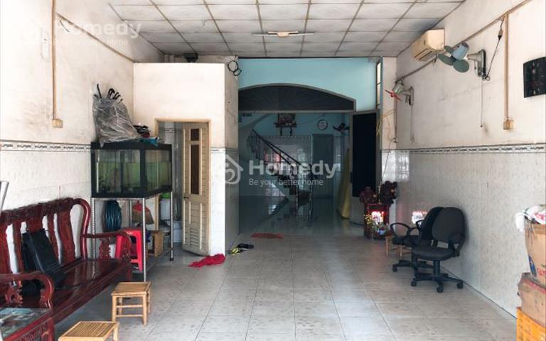 Cho thuê mặt bằng 60m2 mặt tiền Lê Văn Chí, quận Thủ Đức, giá 15 triệu/tháng