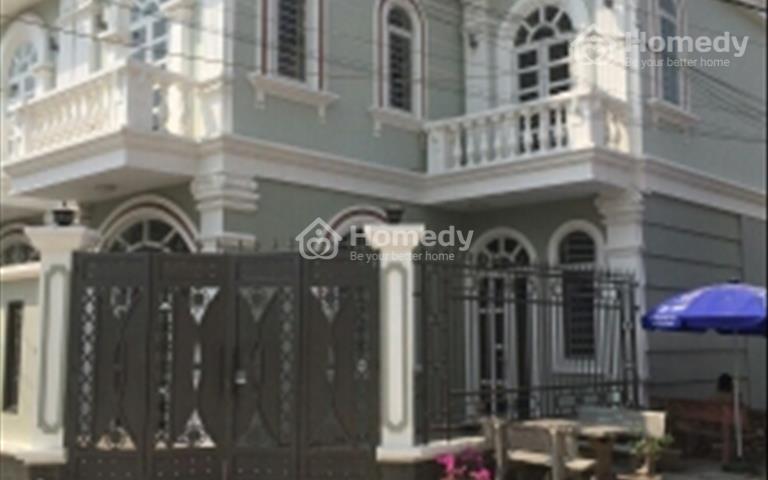 Villa 2 mặt tiền gần cao đẳng Điện Lực, giá tốt nhất