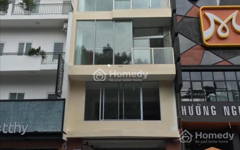 Cho thuê nhà mặt tiền đường Nguyễn Tri Phương, quận 10