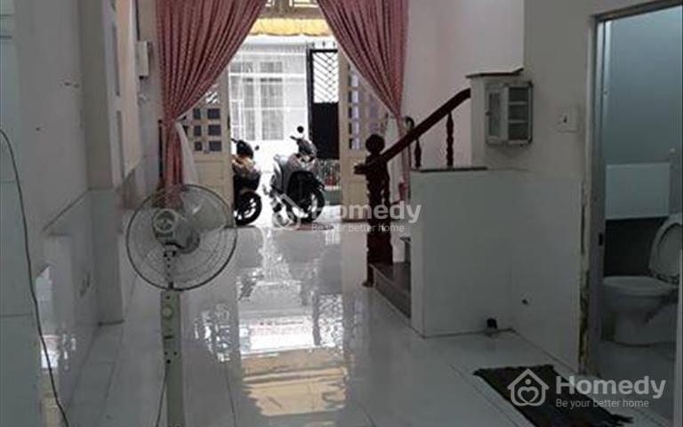 Bán nhà 2 mặt tiền Lý Chính Thắng, Quận 3, 3.8x17m, 3 lầu, giá 19.9 tỷ