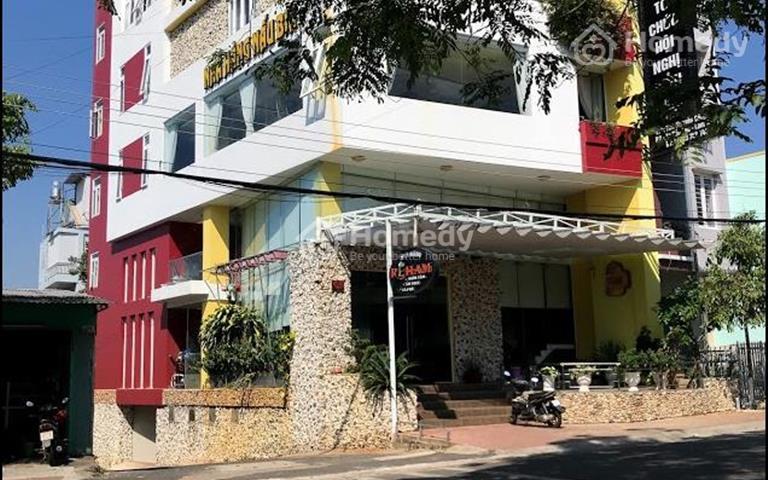 Chính chủ cho thuê hoặc bán tòa nhà 2 mặt tiền hầm, trệt, 4 lầu 1100m2 trung tâm Bảo Lộc