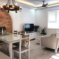 Chính chủ cần bán căn hộ Mường Thanh tầng cao, 2PN, 2 WC, full nội thất, view biển và thành phố