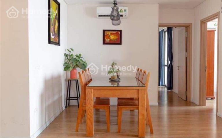 Cho thuê căn hộ tại Mipec Long Biên, diện tích 120m2, 3 phòng ngủ