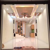 Bán nhà đẹp, tặng toàn bộ tất cả nội thất trong nhà phố Kim Mã - giá 2,9 tỷ