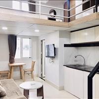 Căn hộ có gác tách biệt phòng ngủ với bếp đầy đủ nội thất đường Nguyễn Thị Thập