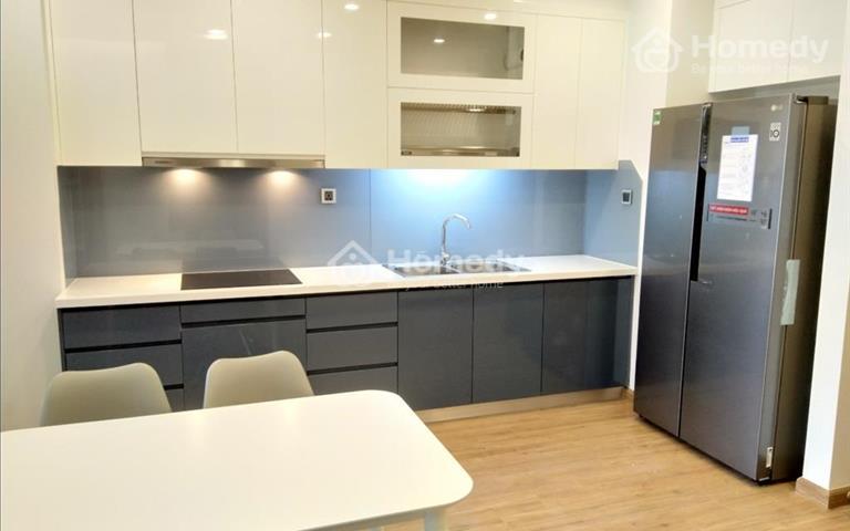 Cho thuê căn hộ cao cấp 2 phòng ngủ tại Vinhomes Metropolis - 79m2, giá 25 - 27 triệu/tháng