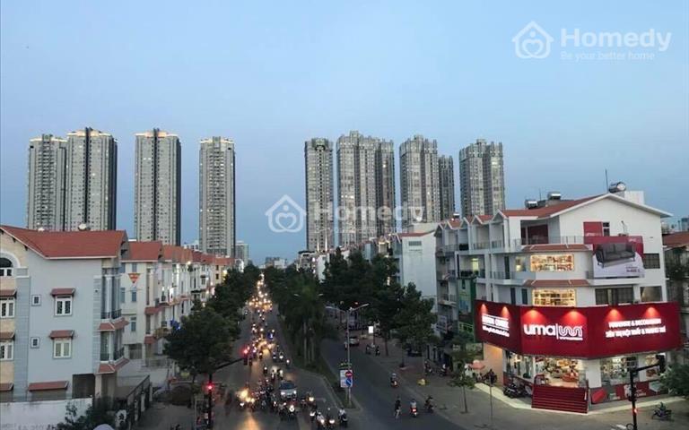 Biệt thự nội bộ Nguyễn Thị Thập, quận 7, 7.5x20m, hầm, 4 lầu, thang máy, 70 triệu/tháng