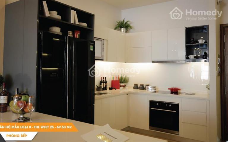 Chính chủ bán gấp căn hộ 65m2, 2 phòng ngủ, 2WC, giá 2.1 tỷ (VAT), trung tâm Quận 6