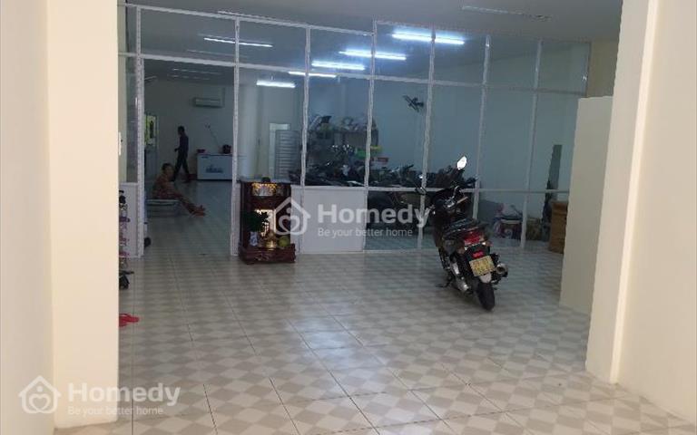 Cho thuê nhà mặt tiền Nguyễn Chí Thanh, Quận 10