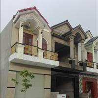 Bán nhà ngay Ủy ban phường Bình Chuẩn 1 trệt 1 lầu 80m2 đường 7m, 2 phòng ngủ giá 880 triệu