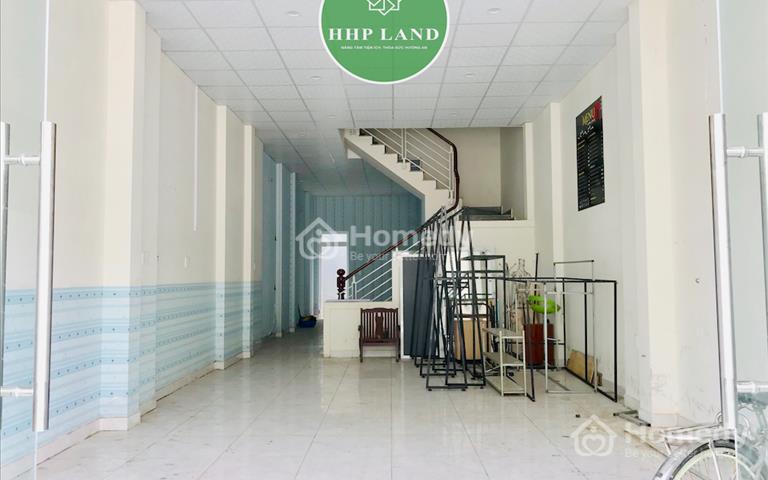 Nhà nguyên căn 3 lầu cách ngã tư Nguyễn Khuyến chỉ 100m