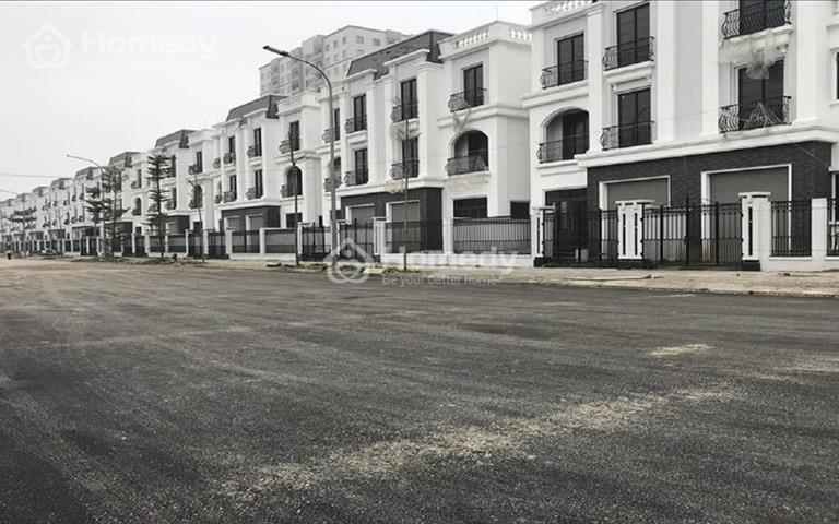 Nhà phố view sông, hoàn công 100%, thiết kế 1 trệt 2 lầu, giá chỉ 1,3 tỷ căn, liên hệ đặt chỗ ngay