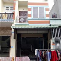 Nhà 1 lầu 1 trệt nằm ngay khu dân cư Trường Sơn, sổ hồng riêng