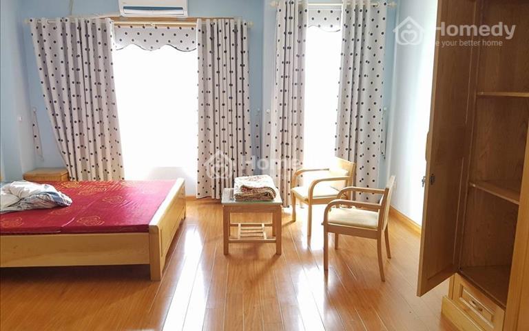 Cho thuê nhà tại Lạc Long Quân thích hợp làm căn hộ dịch vụ cho người nước ngoài