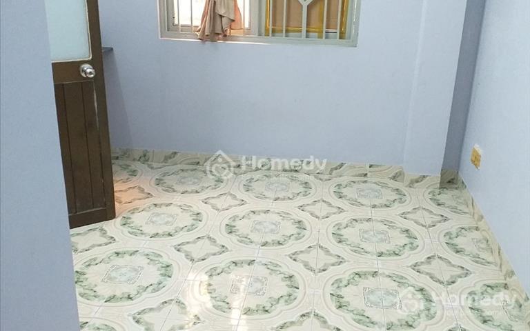 Nhà cho thuê nguyên căn hẻm Nguyễn Tất Thành, Phường 18, Quận 4