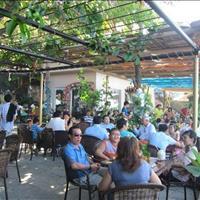 Nhà 1 trệt, 2 lầu Nguyễn Hữu Trí, đang kinh doanh quán cafe, ngay chợ Bình Chánh, 6x20m, 1,9 tỷ