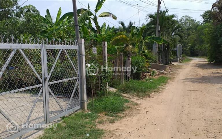 Cần bán căn nhà cấp 4, 200m2, sổ riêng, đường Nguyễn Văn Khạ, gần chợ Phú Hòa Đông