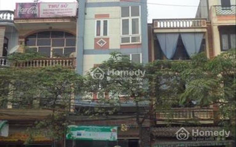 Bán nhà mặt phố Lê Lợi, Quảng Ngãi, giá tốt, kinh doanh sầm uất, cần bán ngay