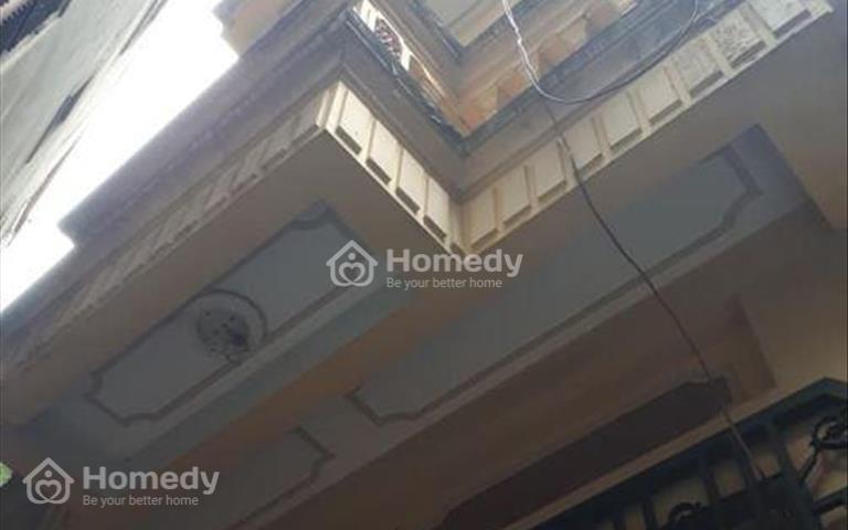 Dưới 2 tỷ có nhà Vĩnh Hưng - Ô tô đỗ cửa - Lô góc - Diện tích 30m2 x 5 tầng