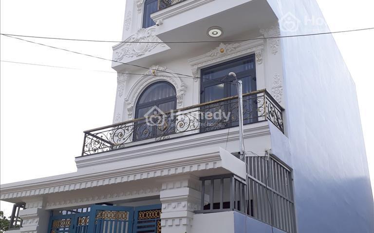 Nhà 5,2x18m, đúc 2 lầu gần ngã tư Giếng Nước, Trần Văn Mười, đường 6m 4.4 tỷ