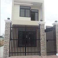 Nhà mới xây, 1 trệt, 1 lầu, 2PN, 2 wc ngay Hội Nghĩa, Tân Uyên, 700tr (50%), ngân hàng hỗ trợ 60%