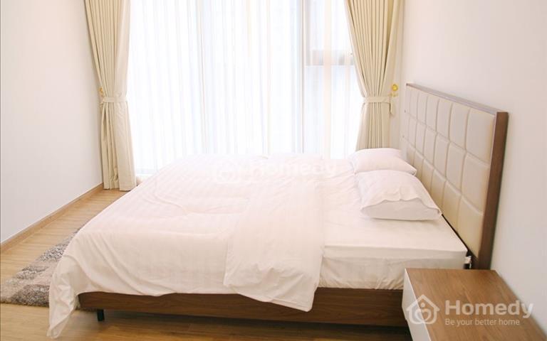 Cho thuê căn hộ cao cấp Vinhomes Metropolis 29 Liễu Giai căn góc 4 phòng ngủ, 46 triệu/tháng